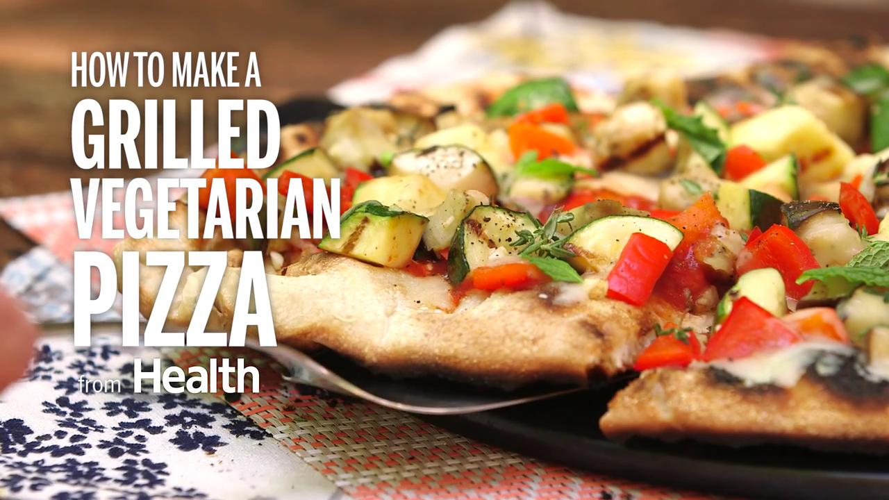 How to Make a Grilled Vegetarian Pizza