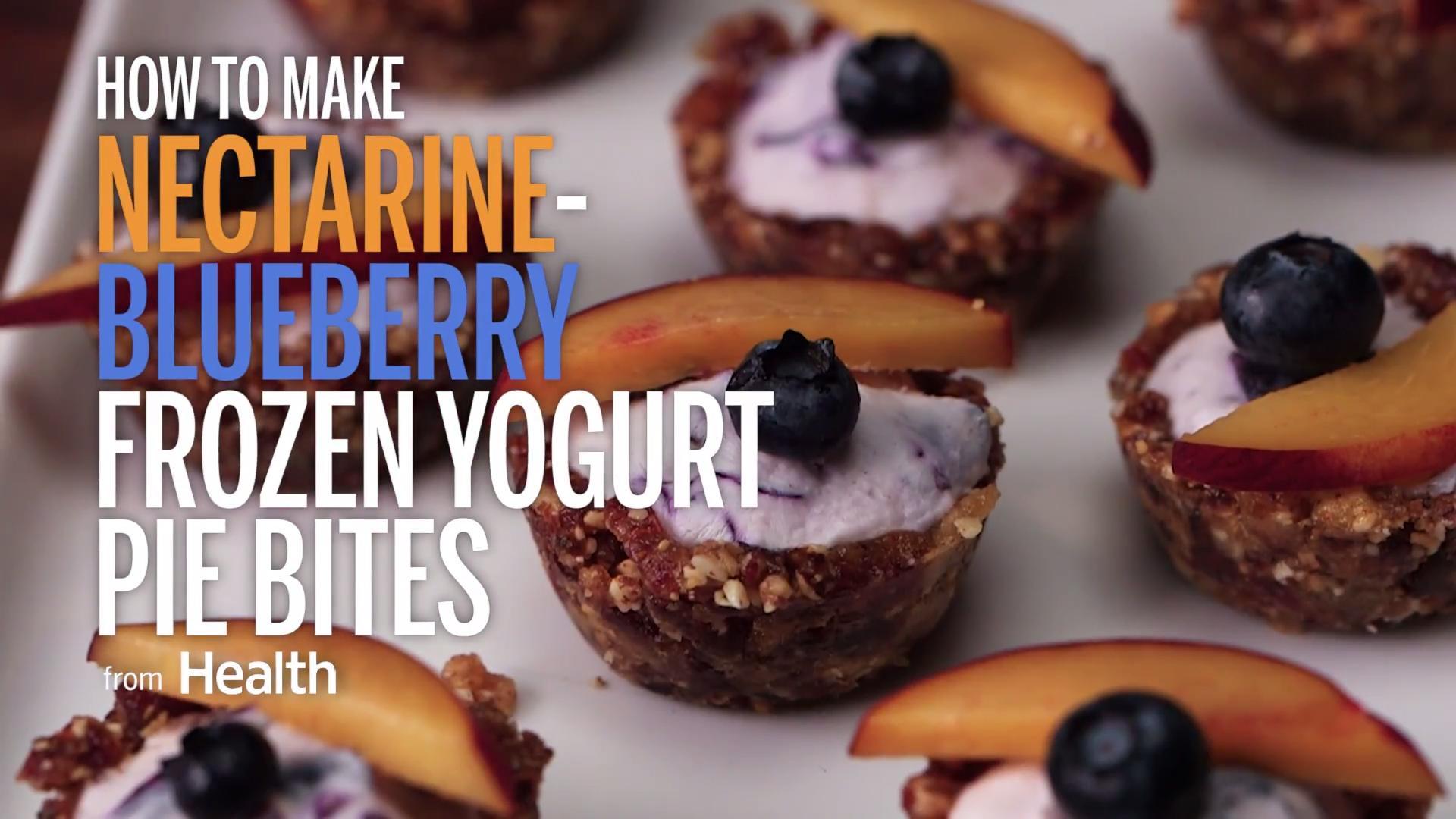 This Blueberry-Nectarine Crisp Recipe Tastes Like Summer - Health