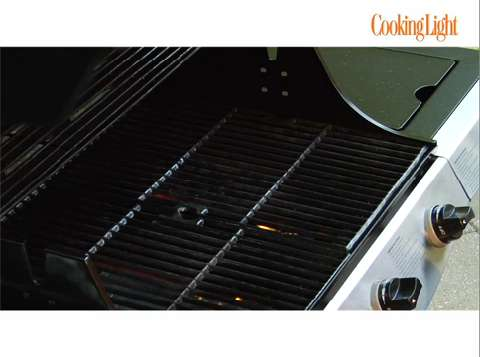 how to keep a gas grill clean