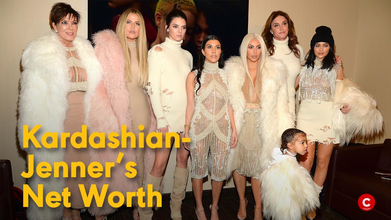 Kourtney Kardashian & Scott Disick Take Kids to Costa Rica While Sofia Richie Works in N.Y.C.