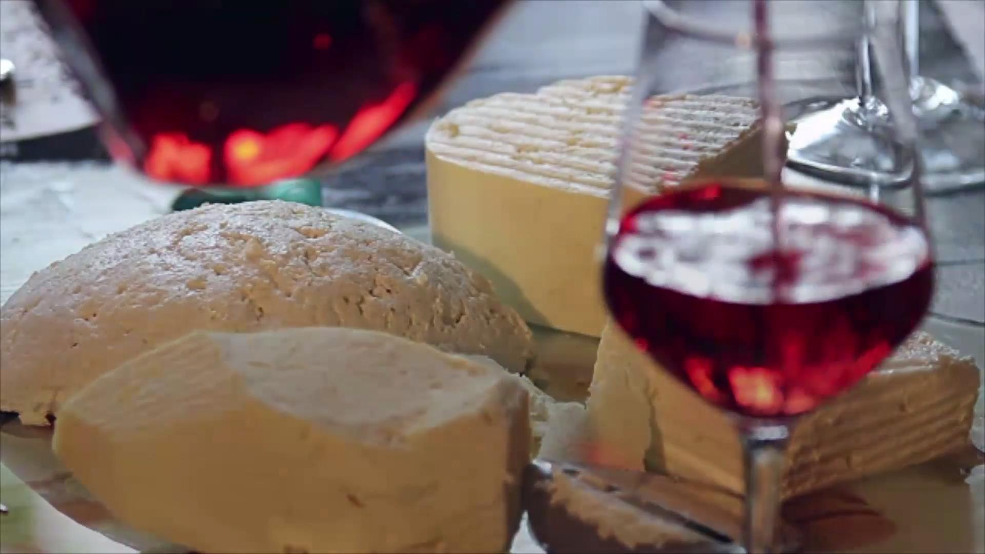 5 Things That Separate a Good Cheese Board from a Bad One, According to a Fromagère