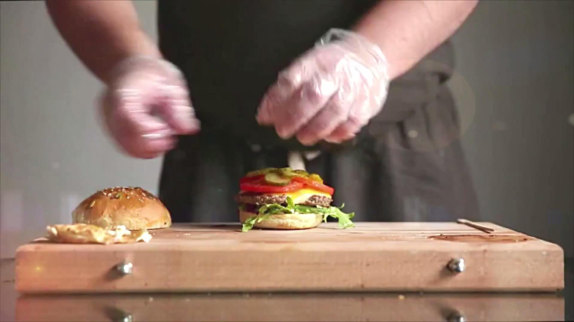 7 Simple Ways to Make a Better Burger at Home, According to Chefs