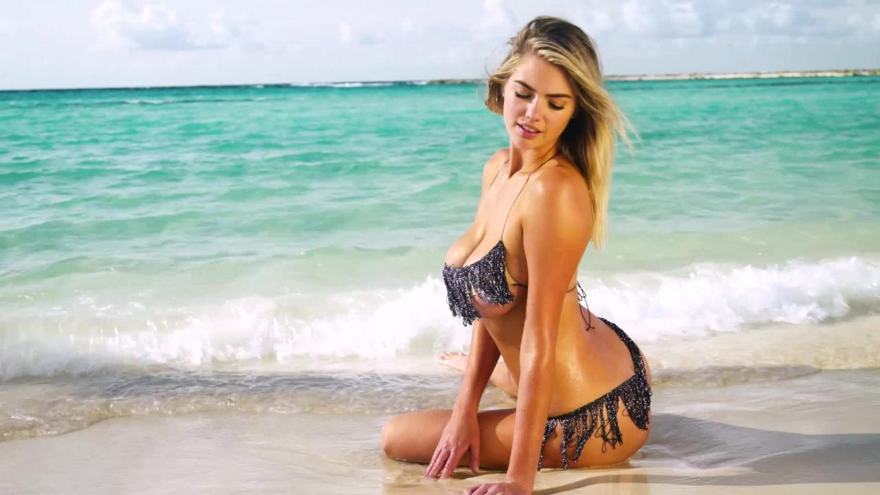 Kate Upton on Her Favorite Style of Swimsuit