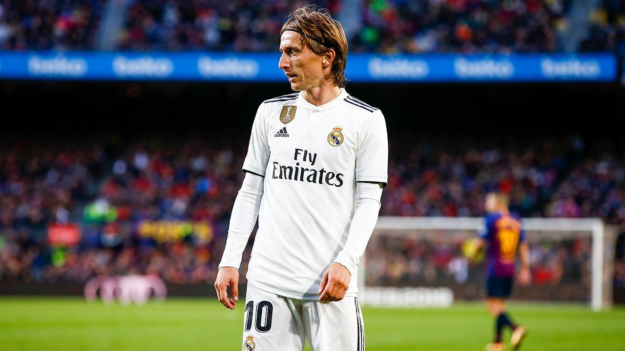 Michel Platini: Raphael Varane Should Win Ballon d'Or Ahead of Modric, Ronaldo