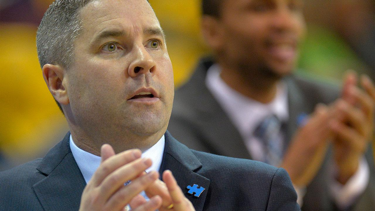 Towson Men's Basketball Coach Brings Attention to Autism Awareness Weekend