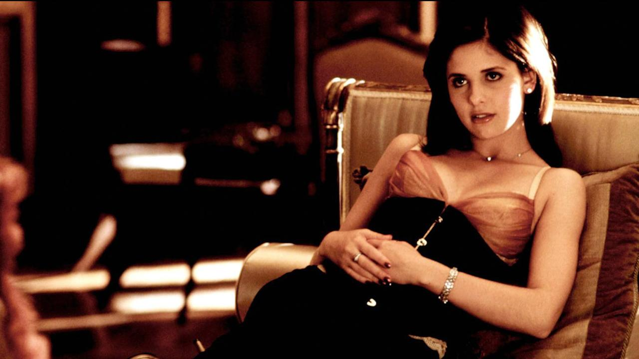 Reese Witherspoon unearths 20-year-old photo of her and Selma Blair from Cruel Intentions set