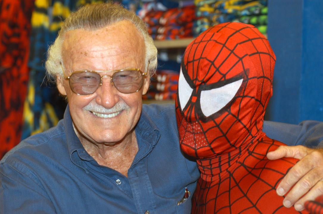Stan Lee offers touching salute to fans in one of his final videos