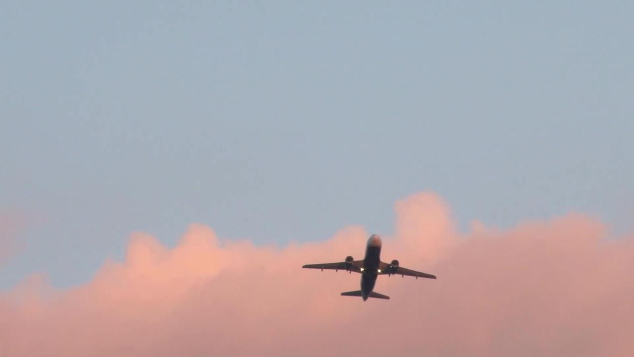 Irish Authorities Are Investigating UFOs Reported By 3 Commercial Pilots on a Single Night