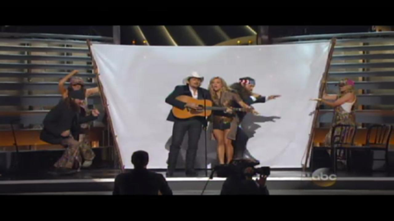 'Blurred Lines' Gets the Duck Dynasty Treatment at the 2013 CMAs