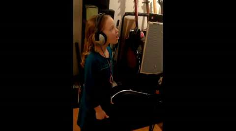 Watch: 9-Year Old Sings Frozen's 'Let It Go' Perfectly