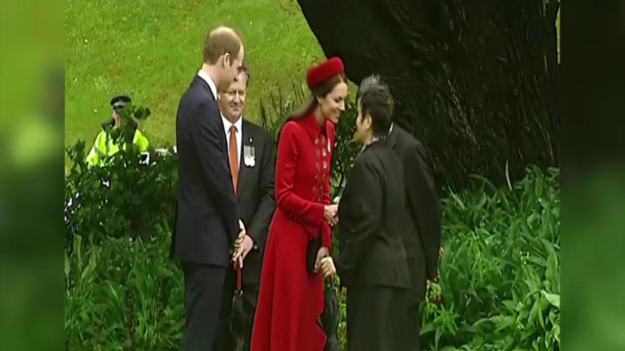 A Royal Welcome! Prince William & Kate Rub Noses in New Zealand
