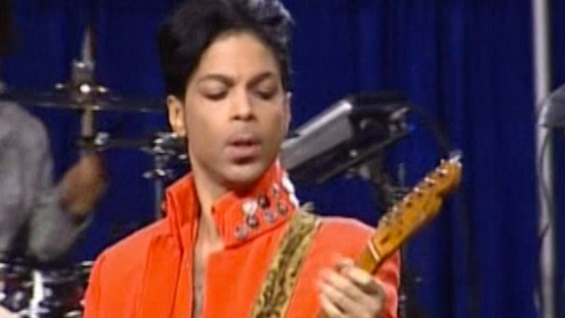Former Dakota Jazz Employee Who Saw Prince Days Before His Death Said He 'Looked Healthy' After Hospitalization