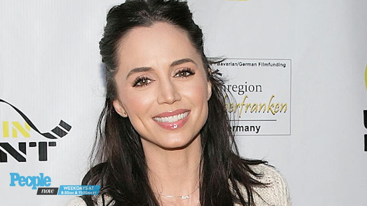 Pregnant Eliza Dushku Shows Off Baby Bump in Countdown to Due Date: 'T-Minus Just a Few More Days'