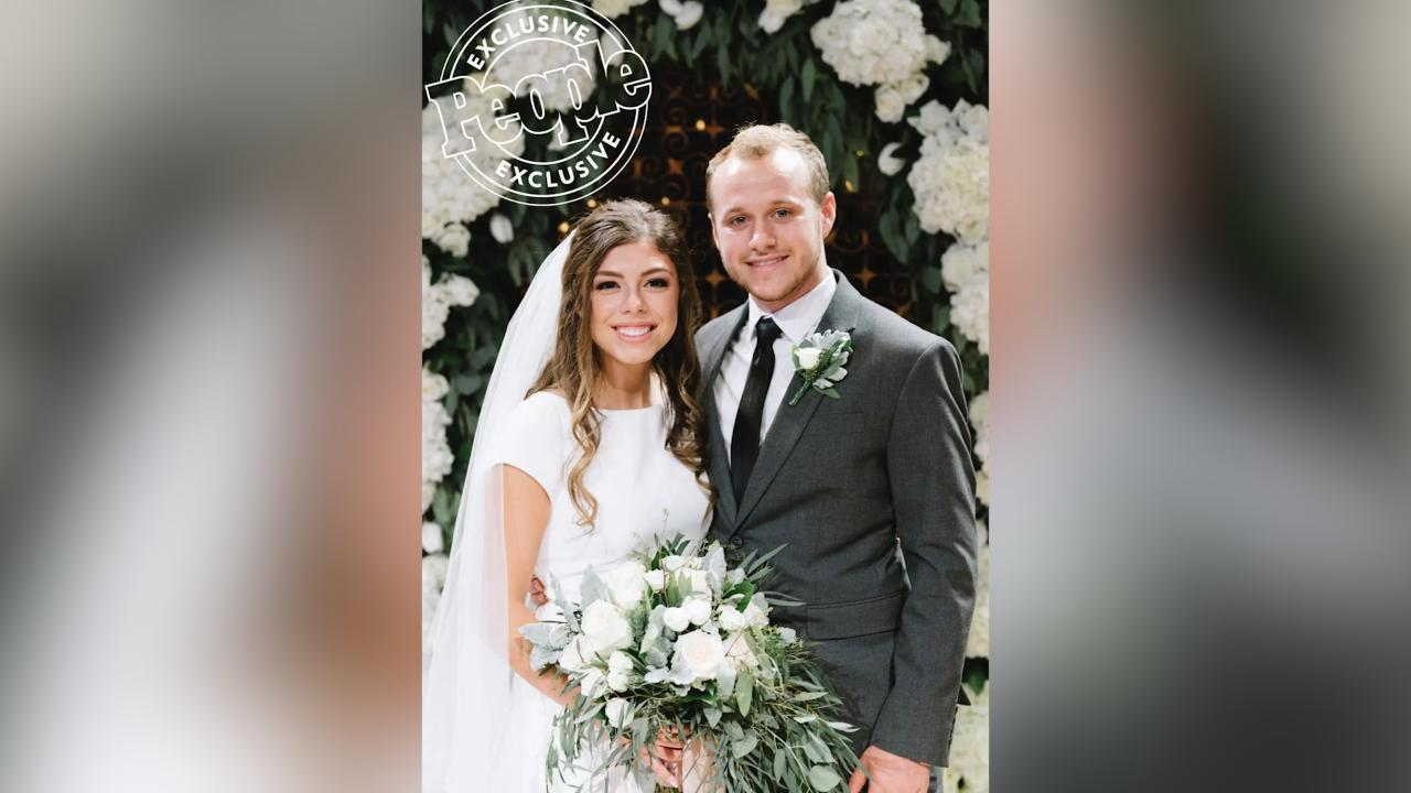 Josiah Duggar and Wife Lauren Expecting Baby After Miscarriage: 'Rainbow After the Storm'