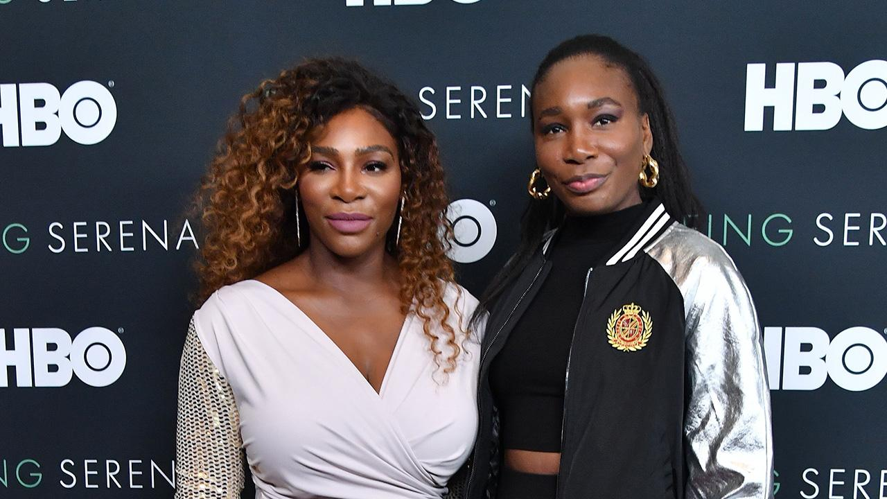 Serena Williams Shares Sweet Photo with Sister Venus: 'Nobody Loves You Like I Do'