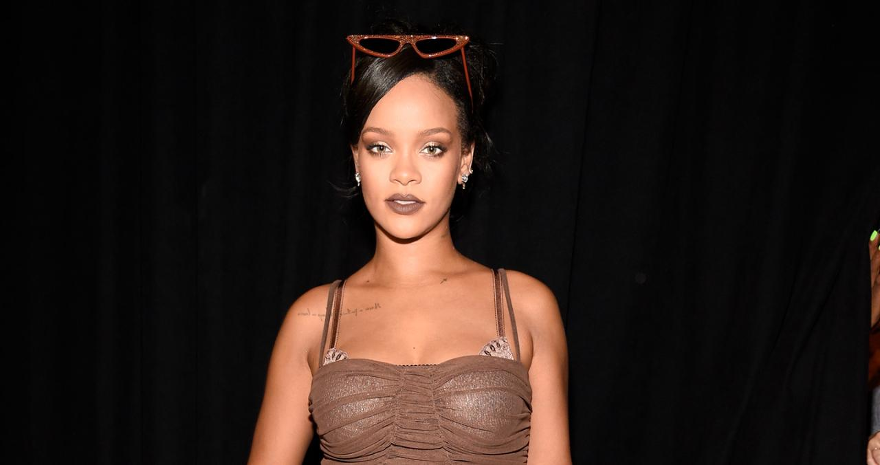 Rihanna Praised for Using Curvy Mannequins 'with Love Handles' at Fenty Clothing Pop-Up Store