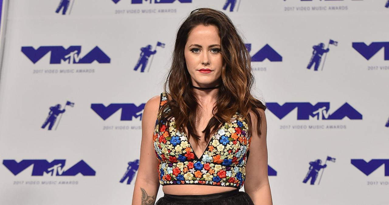 Jenelle Evans Storms Out of Teen Mom 2 Reunion After Nessa Diab Slams Her for Colin Kaepernick Diss