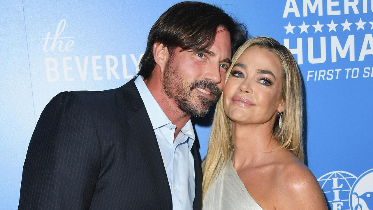 Denise Richards Says Ex Charlie Sheen Once Brought a 'Hooker' to Thanksgiving Dinner
