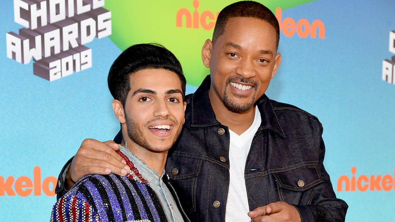 Will Smith's Entire Family Join Him at the Aladdin Premiere — and Jada Dressed as the Genie!