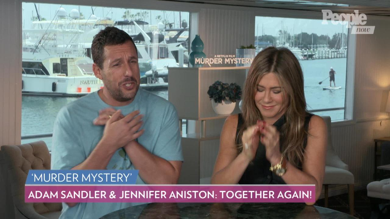 Jennifer Aniston Loves Her World Right Now, Says Source: 'She Knows She Lives a Very Fun Life'