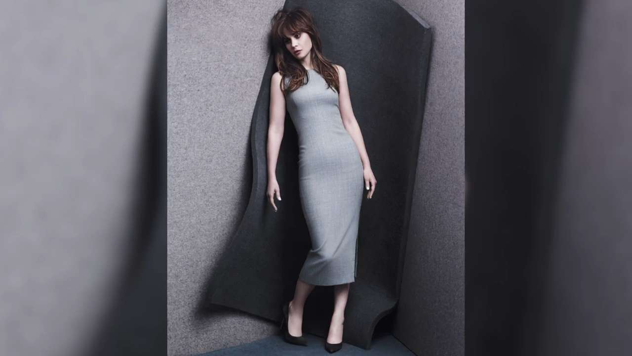 Go Behind the Scenes with Zooey Deschanel at Her InStyle Cover Shoot