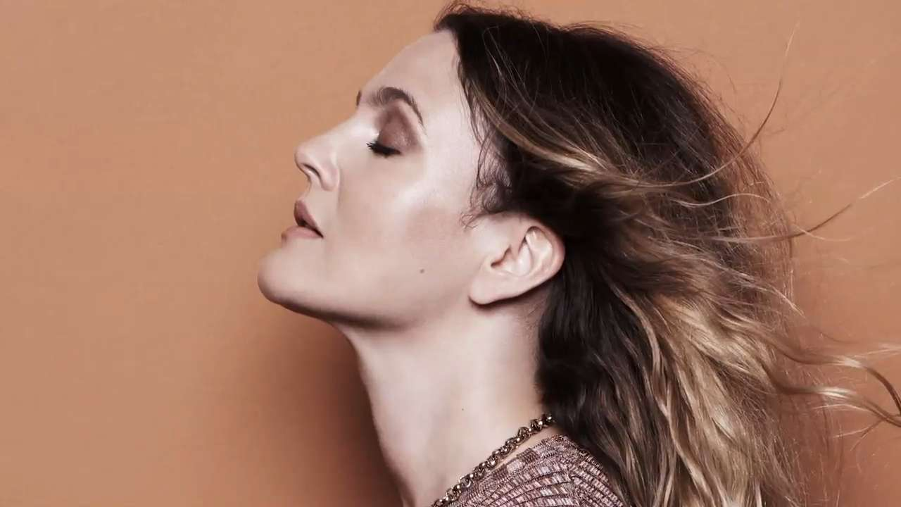 Behind the Scenes Of Drew Barrymore's Cover Shoot
