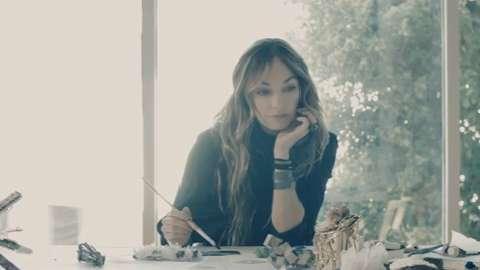 Watch the Making of La Mer and Kelly Wearstler's Bespoke Vanity Box