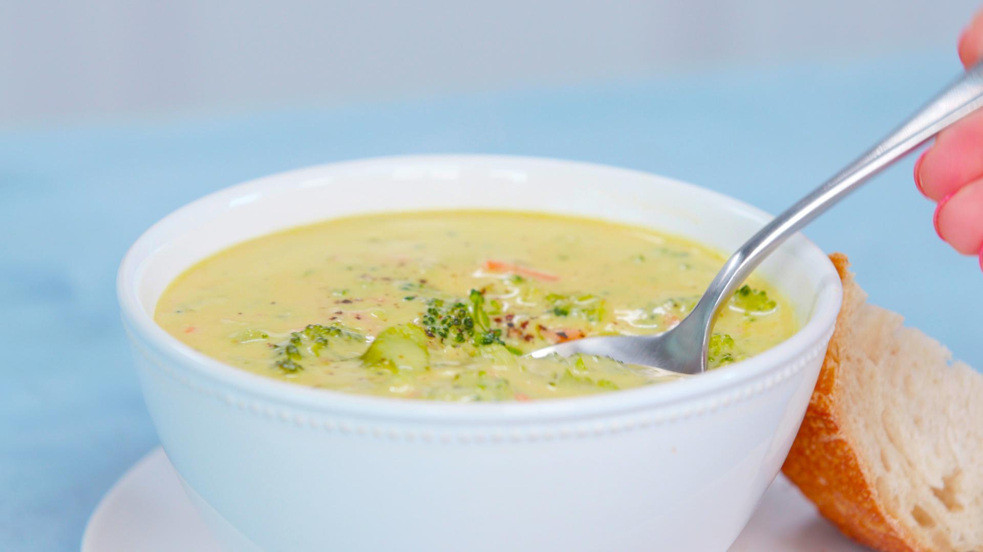 Copycat Panera Broccoli Cheddar Soup