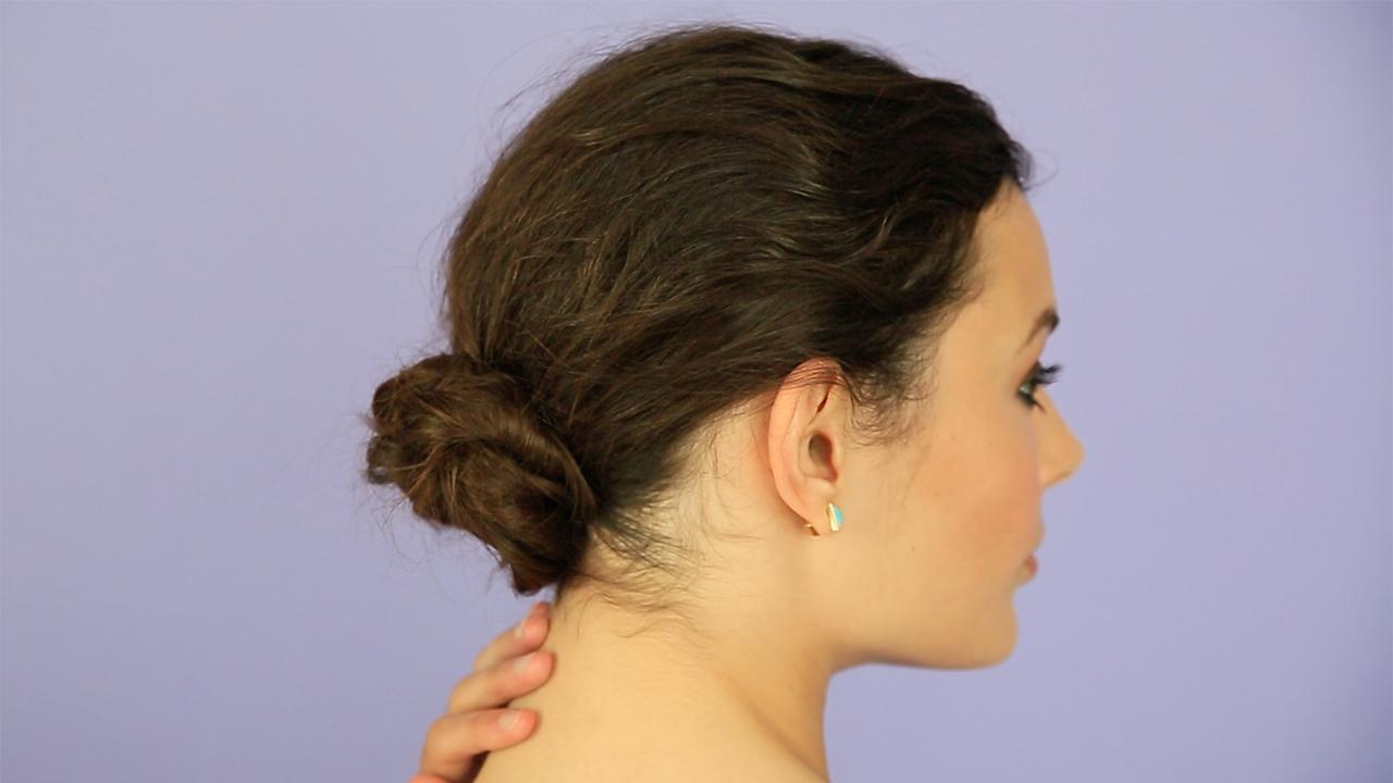 How to Make an Easy and Elegant Low Bun