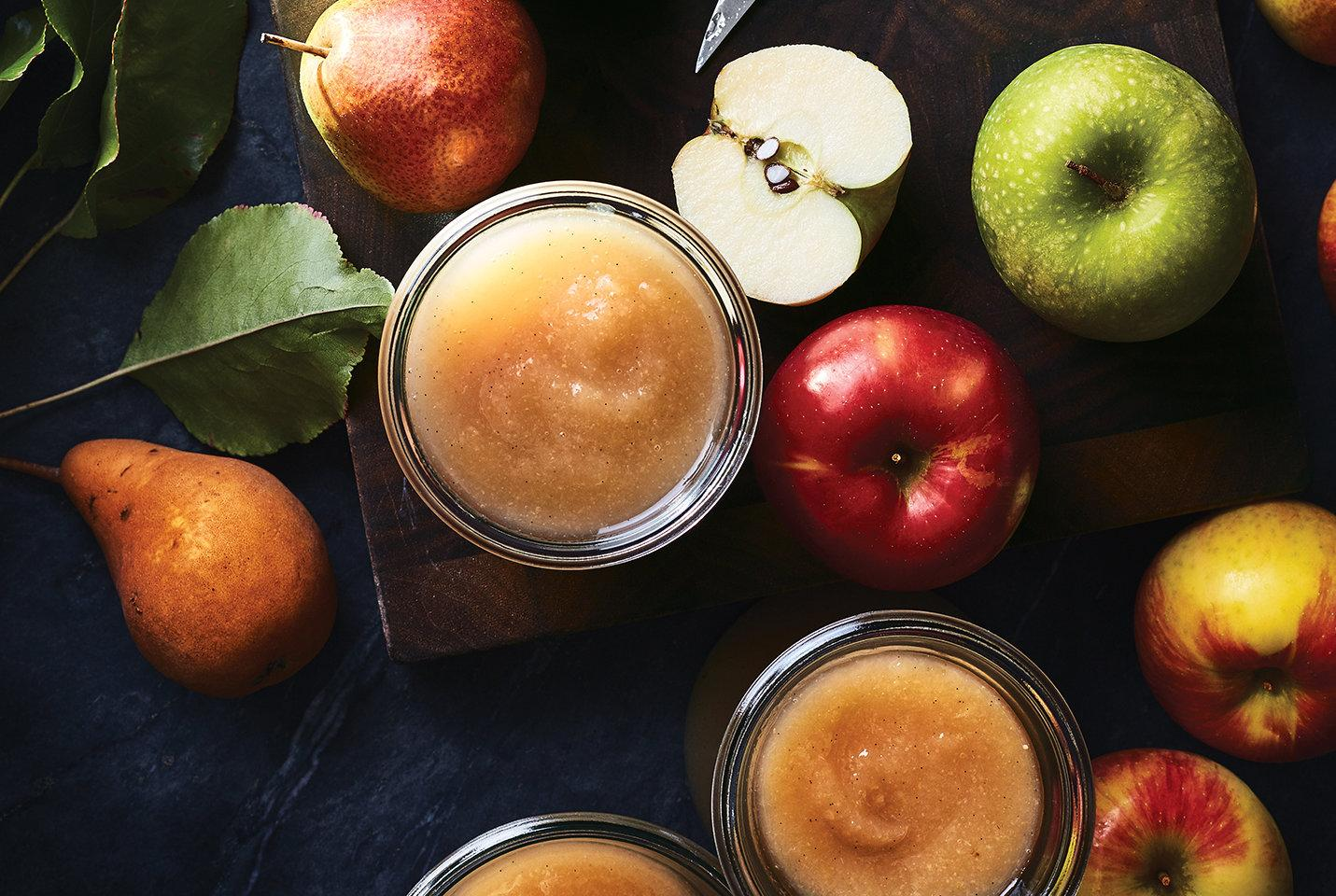 This Homemade Applesauce Is So Easy You'll Make It Again and Again
