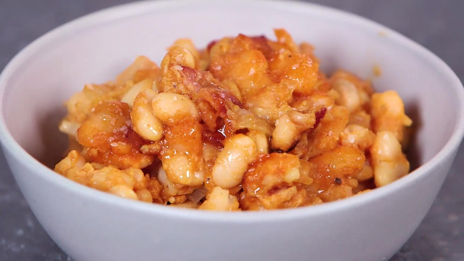 How to Make Maple Bacon Baked Beans - Cooking Light