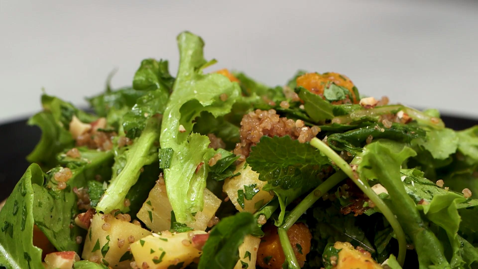 How to Make Baby Kale Quinoa and Roasted Vegetable Salad ...
