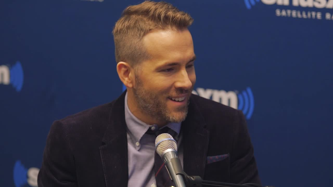 #CelebrityCock: The Smoking Ryan Reynolds - The Sword