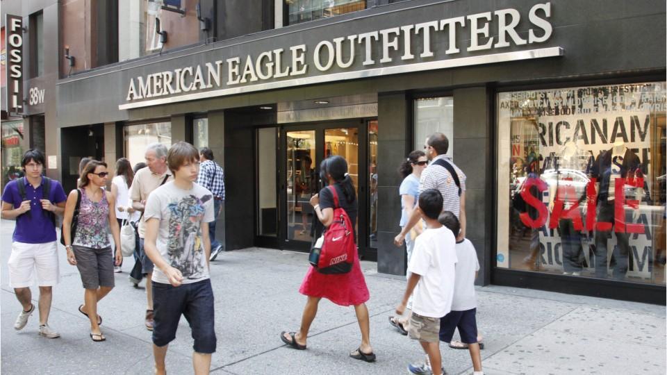 American Eagle Shackle Bracelet