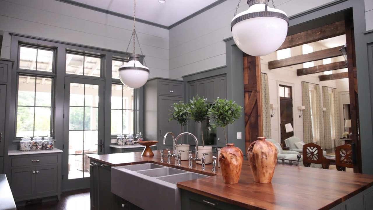 Traditional kitchen design ideas southern living for Southern living kitchen designs